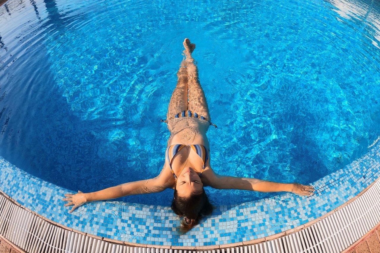 piscina servizi villaggio turistico monopoli residence mare puglia vacanza monopoli. Black Bedroom Furniture Sets. Home Design Ideas